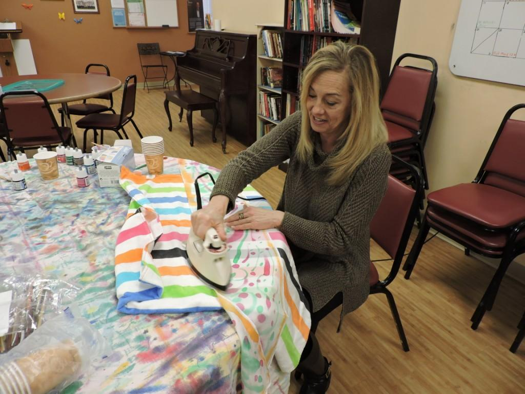 North-End-Silk-Scarf-Painting-at-ABCD-Senior-Center-4